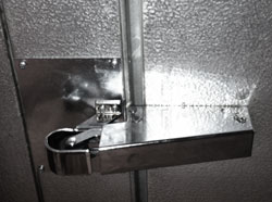 walk-in-cooler-door-hinge